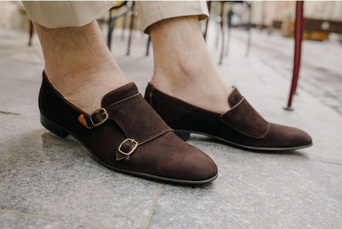 Стильний вибір взуття - монки